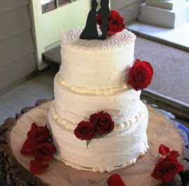 Rustic red roses & lace doilie topper