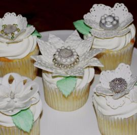 Lace flower toppers